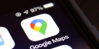 google-maps-takes-on-facebook-with-launch-of-its-own-news-feed