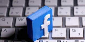 facebook-temporarily-bans-ads-for-weapon-accessories