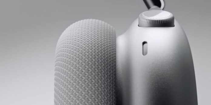 Apple Fixes AirPods Max Battery Draining Issue Without Admitting It Exists