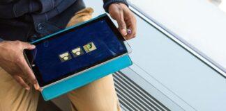 Microsoft Pushes Back Windows 10X Launch Date Again