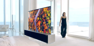 """You Can Now """"Inquire to Buy"""" LG's High-Priced Rollable TV in the US"""