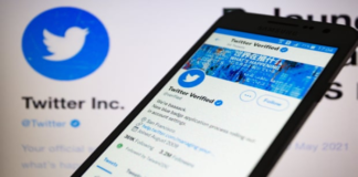 Twitter lists paid-for 'Blue' subscription service on app stores