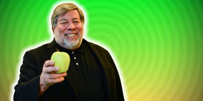 Apple Co-Founder Steve Wozniak Backs the Right-to-Repair Movement