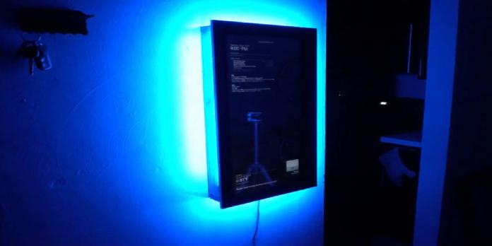 Smart Mirror Talks To 3D Printers
