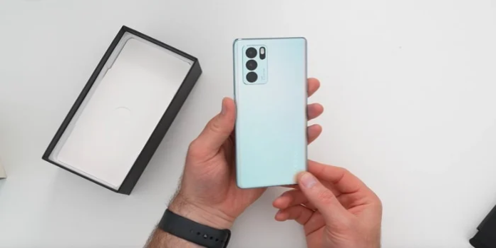 Oppo Reno 6 Pro 5G smartphone gets unboxed (Video)