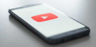 """YouTube Is Testing a """"Premium Lite"""" Subscription Plan"""
