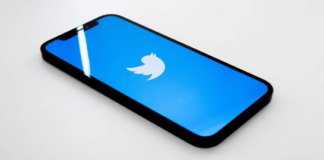 Twitter teases future feature that'll let users automatically archive tweets